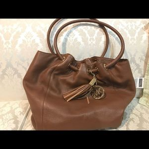 Previously loved Hobo Michael Kors bag